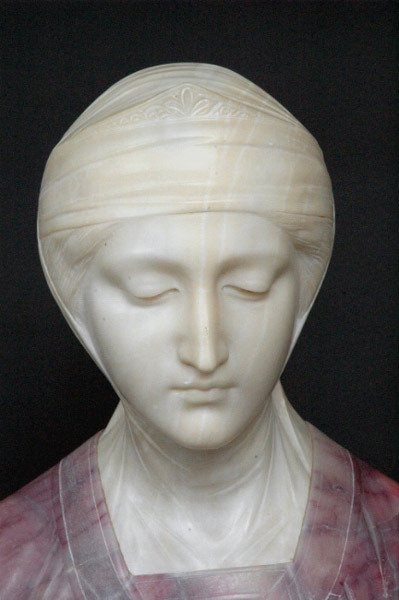 19: Marble Beatrice Sculpture Prof. G. Besji - 3