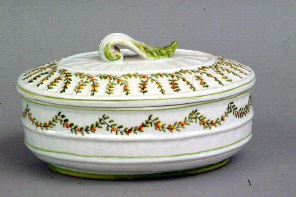 271: Italian Pottery Covered Dish