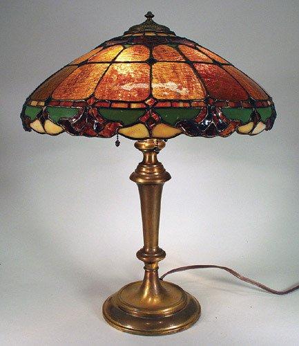 12: Wilkinson Fleur de Lis Leaded Glass Lamp