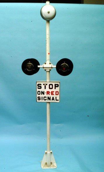 253: Rail Road Crossing Sign
