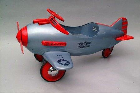 301: Murray Pursuit Pedal Car, Schreckengost