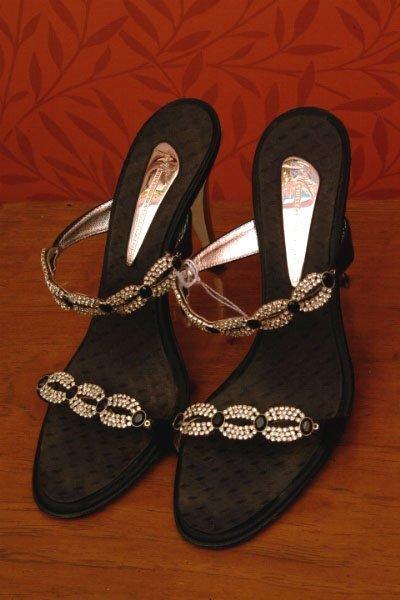 382: Pair of Vincini Sandals