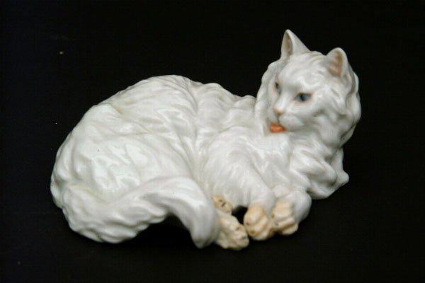 757: Royal Vienna Porcelain Cat
