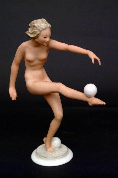 764: Hutschenreuther Nude Figure