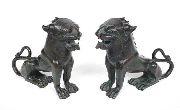 3: Pair Art Bronze Munich Lions
