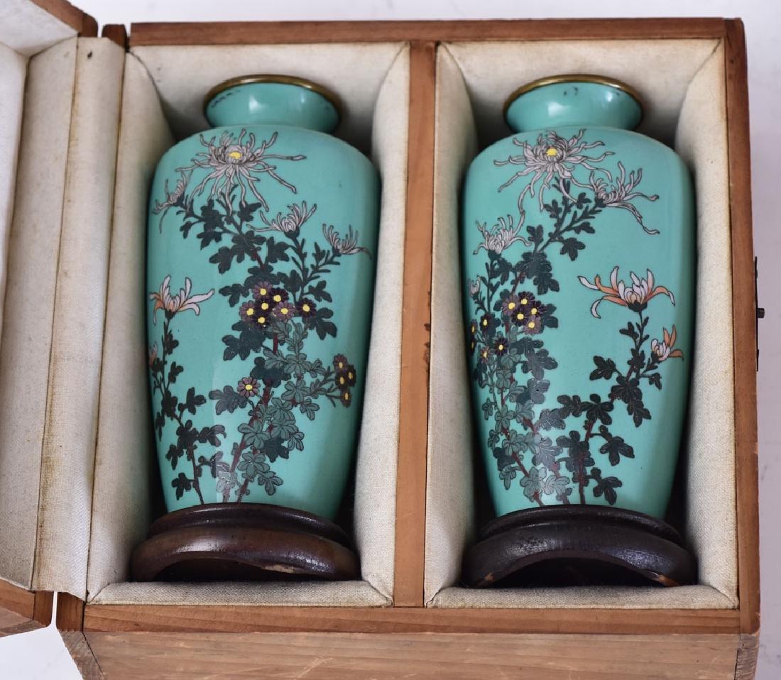 Pair of Japanese Cloisonne Vases - 3