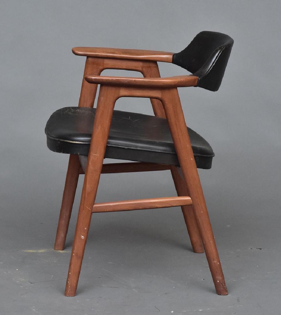 Set of Erik Kirkegaard chairs - 2