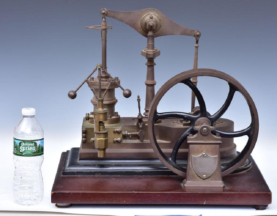 Model Steam Engine - 2