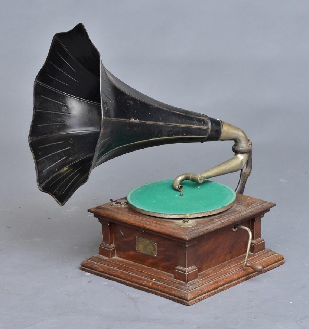 Victor Oak Phonograph
