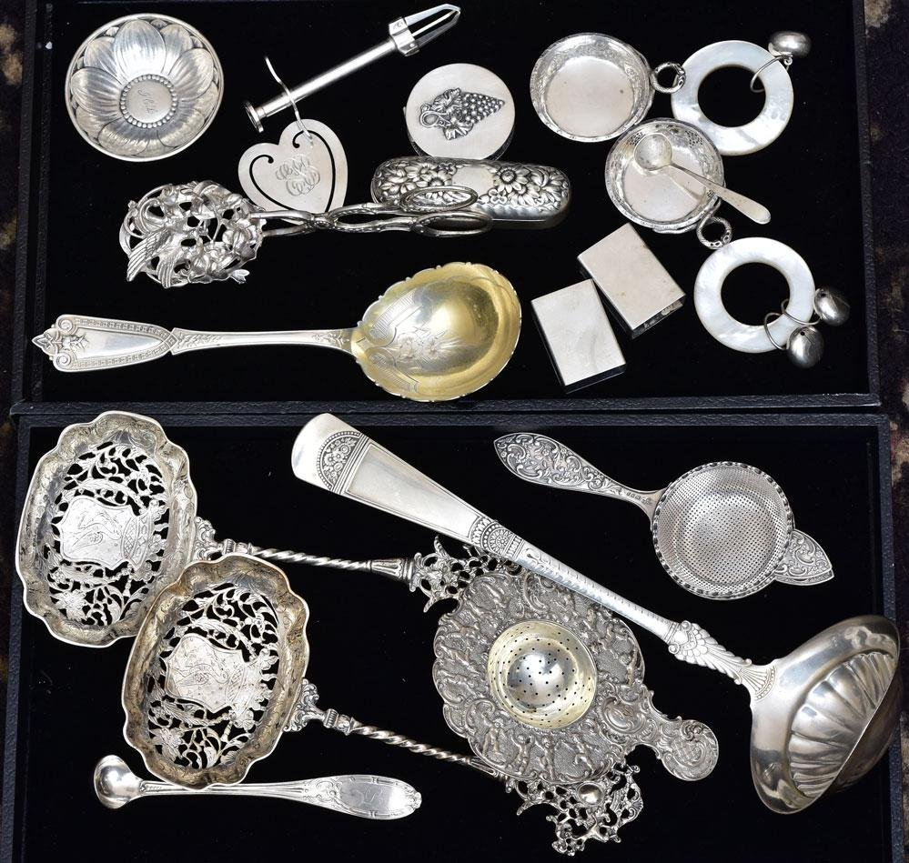 Group of .800 and Sterling Silver Articles