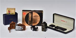 Group of Mini and Novelty Cameras (7)