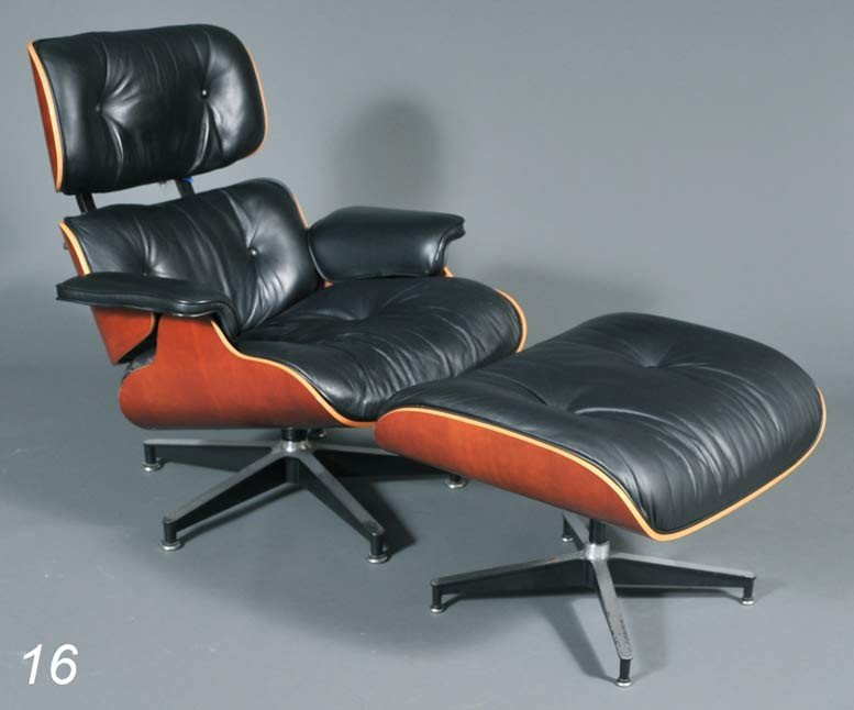 16: EAMES LOUNGE AND OTTOMAN model 670, produced by Her
