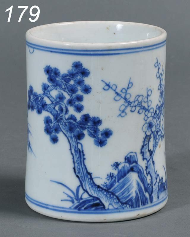 """179: CHINESE BLUE AND WHITE SMALL BRUSH POT 4 1/2"""" high"""