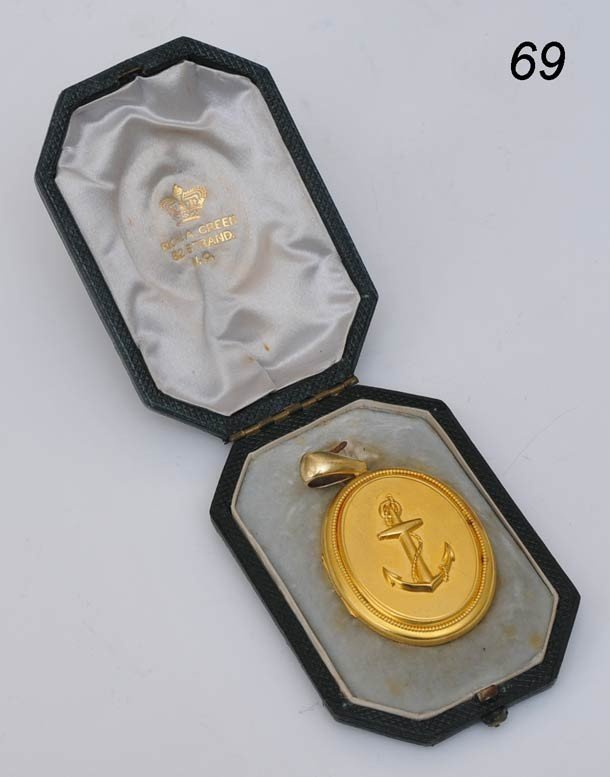69: VICTORIAN 14K LOCKET with anchor late 19th century