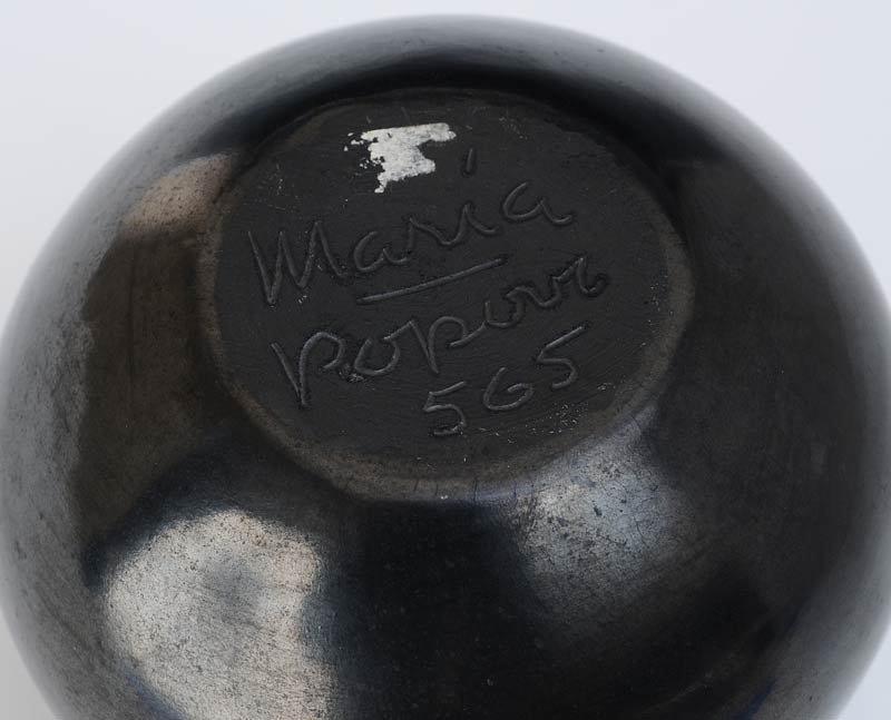 "502: MARIA MARTINEZ BLACKWARE POT signed ""Maria & Popov - 2"