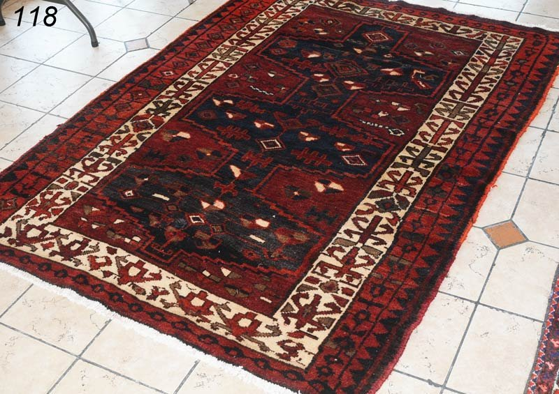 """118: NORTHWEST PERSIAN CARPET 5'4""""x 7'2""""   Shipping Inf"""