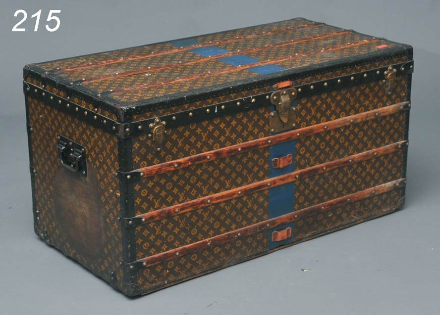 215: LOUIS VUITTON LIFT TOP TRUNK with two fitted trays