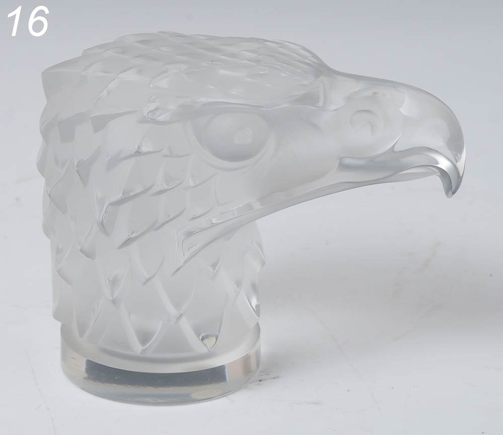 """16: LALIQUE EAGLE PAPERWEIGHT 4 1/2"""" high   Shipping In"""