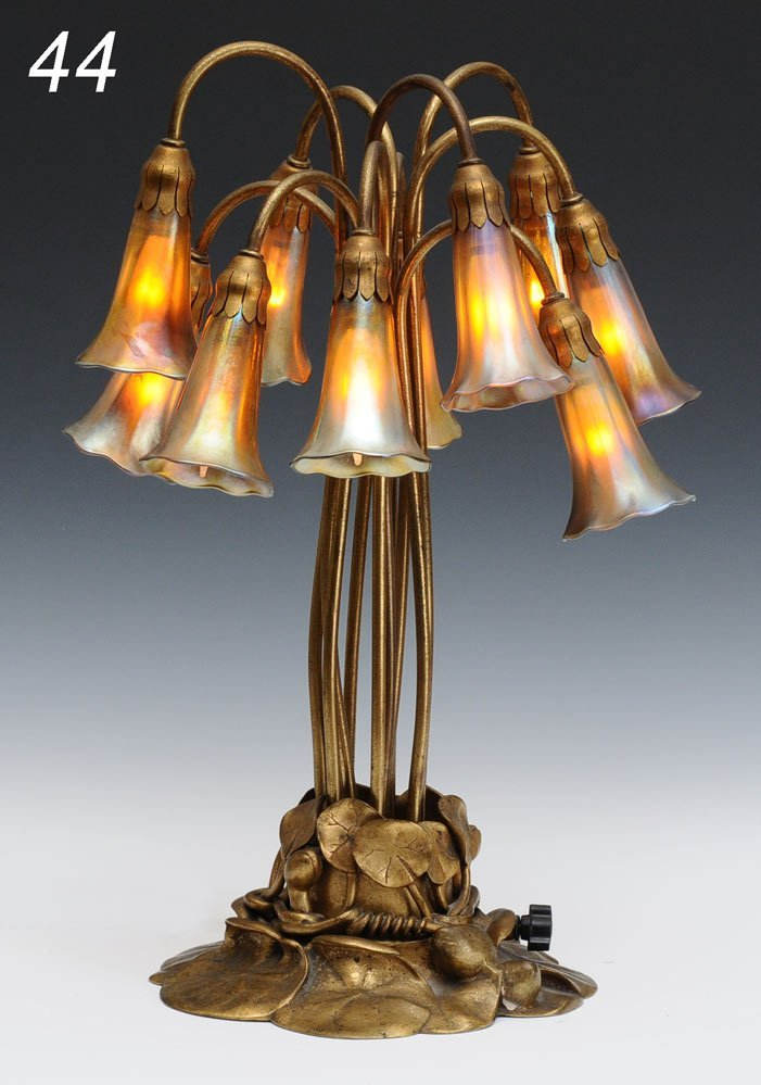 44: TIFFANY STUDIOS TEN LIGHT LILY LAMP gold dore lily