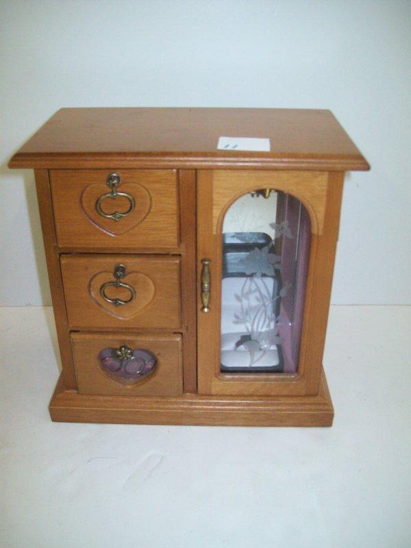 11: OAK JEWELRY BOX WITH COSTUME JEWELRY RINGS; THIMBLE
