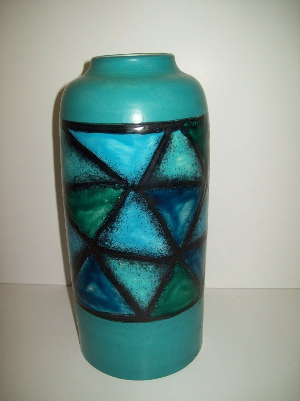23: BLUE WITH GREEN MODERN VASE