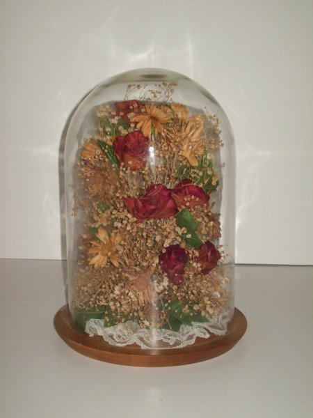 14: LARGE VICTORIAN DOME GLASS DRIED FLOWERS