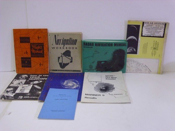 9: ASTRONOMY PAMPHLETS/BOOKLETS