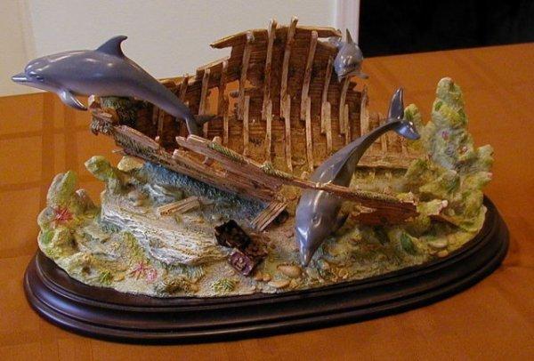 "2506224: Lenox - ""Dolphin Hideaway"""