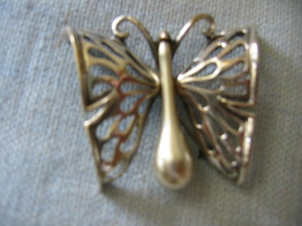 2518365: Italian Tortolani Butterfly Silver Jewel Pin