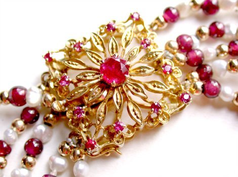 2518564: Ruby Clasp - Garnets, Pearls, Gold Beads