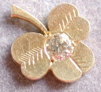 2518565: Gold & Diamond Shamrock Earrings