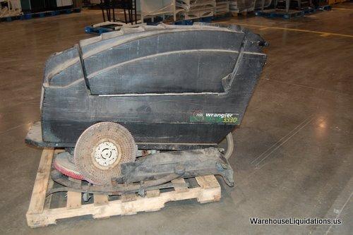 15: Wrangler Floor Scrubber 3330 NSS - 3