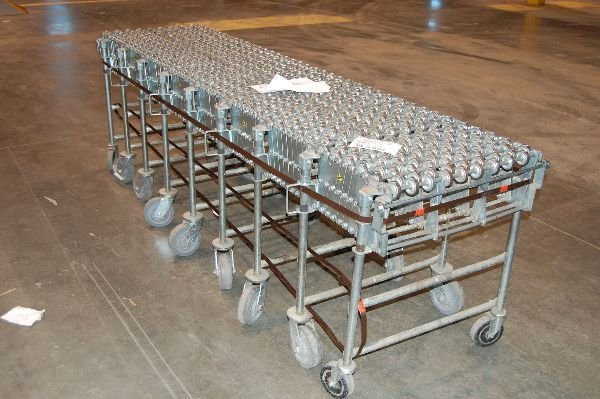 19: NestaFlex 375 Warehouse Receiving Conveyer