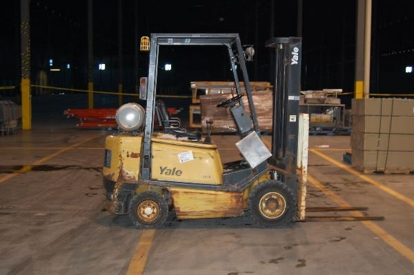 21: Used Yale Forklift