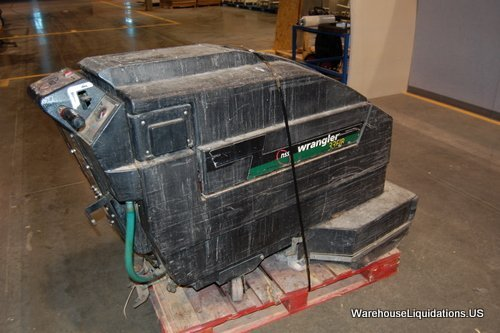 256: Wrangler 33F/B Floor Scrubber