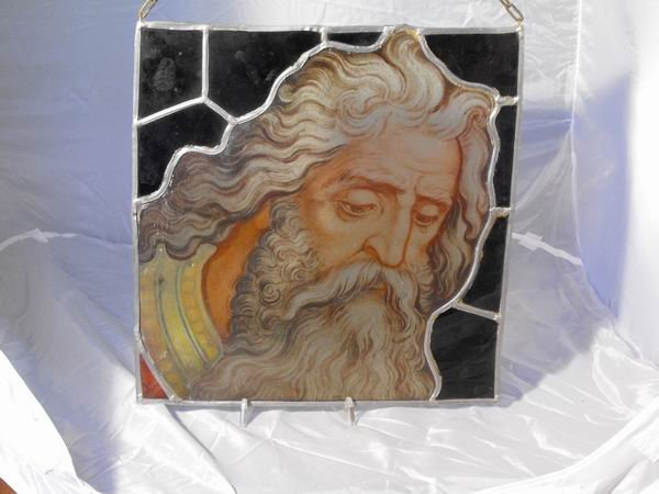 189: Antique glass fragment