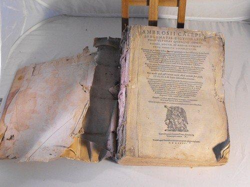 72: Ambrosii Dictionarivm 1545