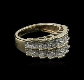 10KT Yellow Gold 1.00 ctw Diamond Ring