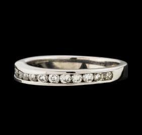 0.45 ctw Diamond Ring - 14KT White Gold