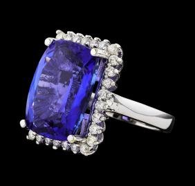 GIA Cert 15.89 ctw Diamond and Tanzanite Ring - 14KT