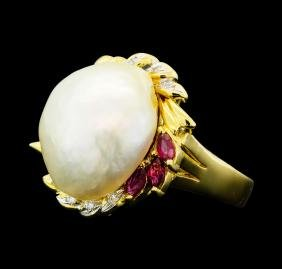 0.30 ctw Ruby, Pearl and Diamond Ring - 18KT Yellow