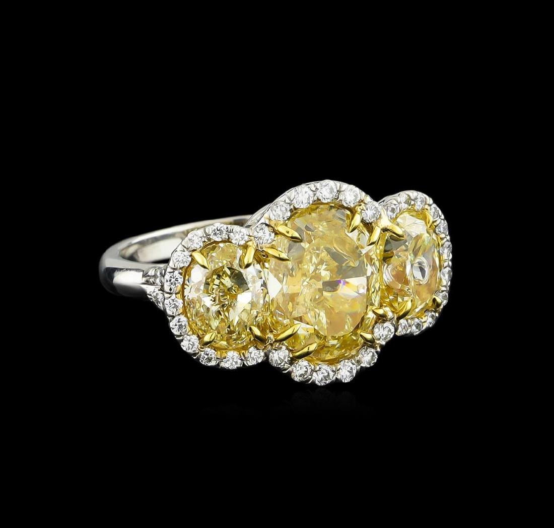 EGL USA Cert 8.66 ctw Fancy Yellow Diamond Ring -