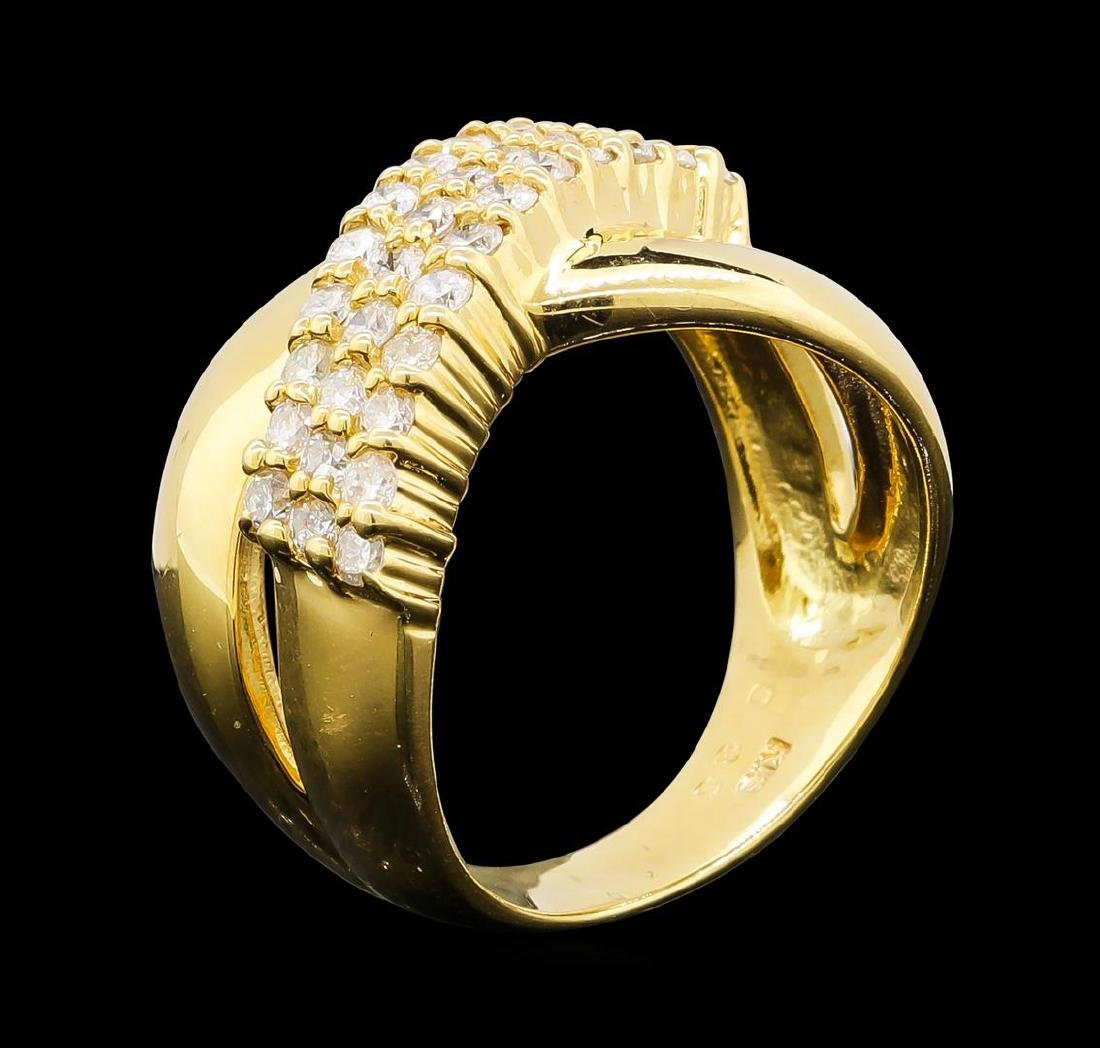 0.86 ctw Diamond Ring - 18KT Yellow Gold - 4