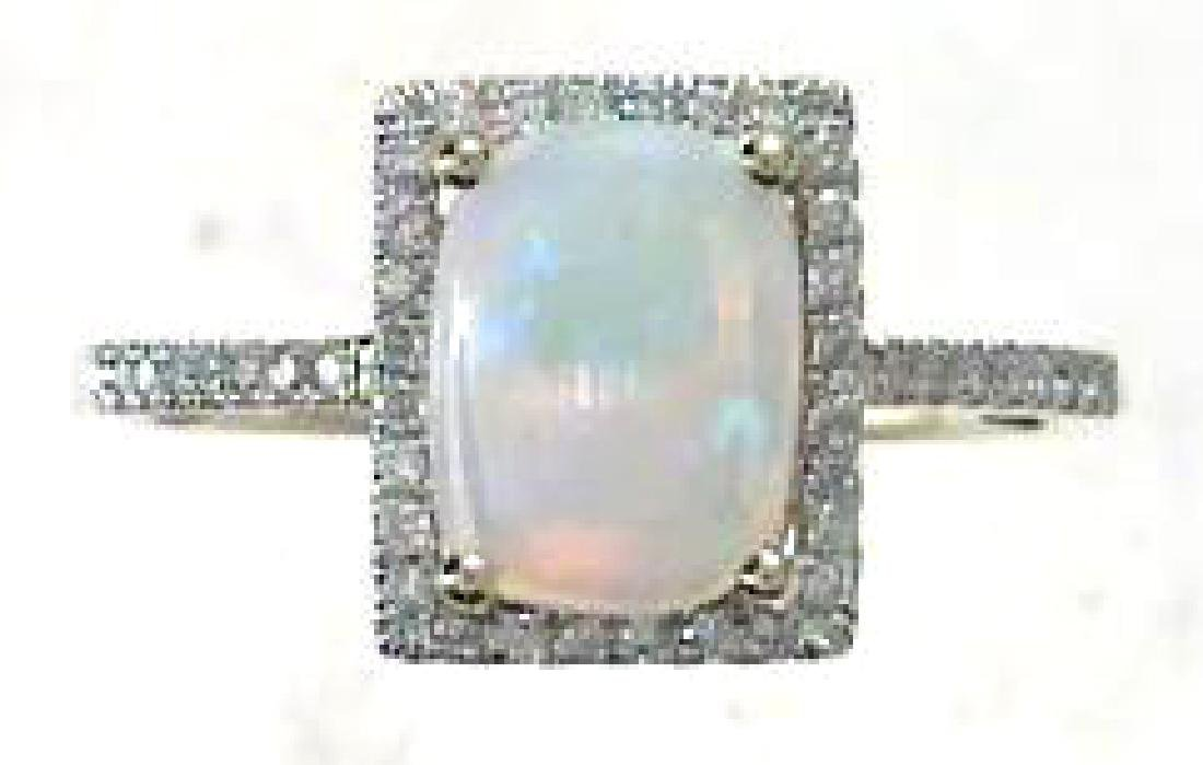 1.34 ctw Opal and Diamond Ring - 14KT Yellow Gold
