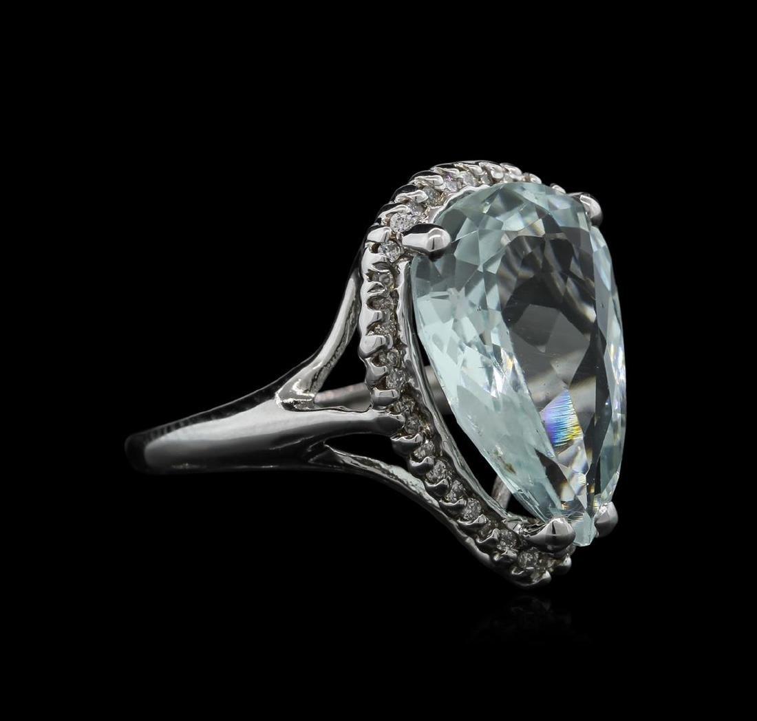5.70 ctw Aquamarine and Diamond Ring - 14KT White Gold