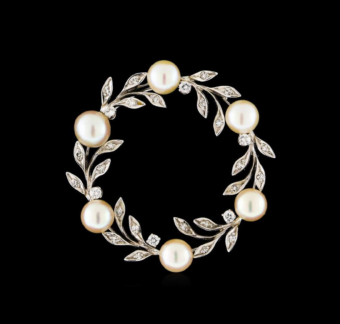 0.50 ctw Diamond and Pearl Brooch/Pendant - 14KT White