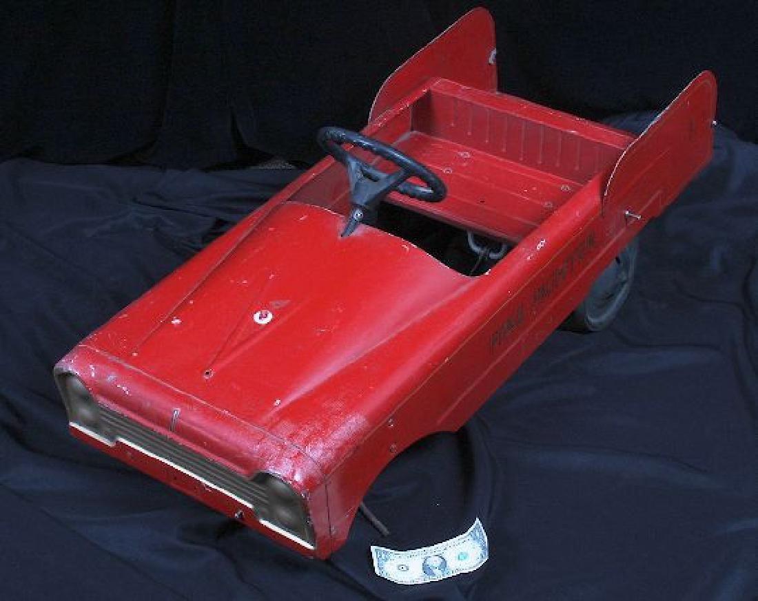 Antique Vintage Fire Fighter Pedal Car c.1930-50's