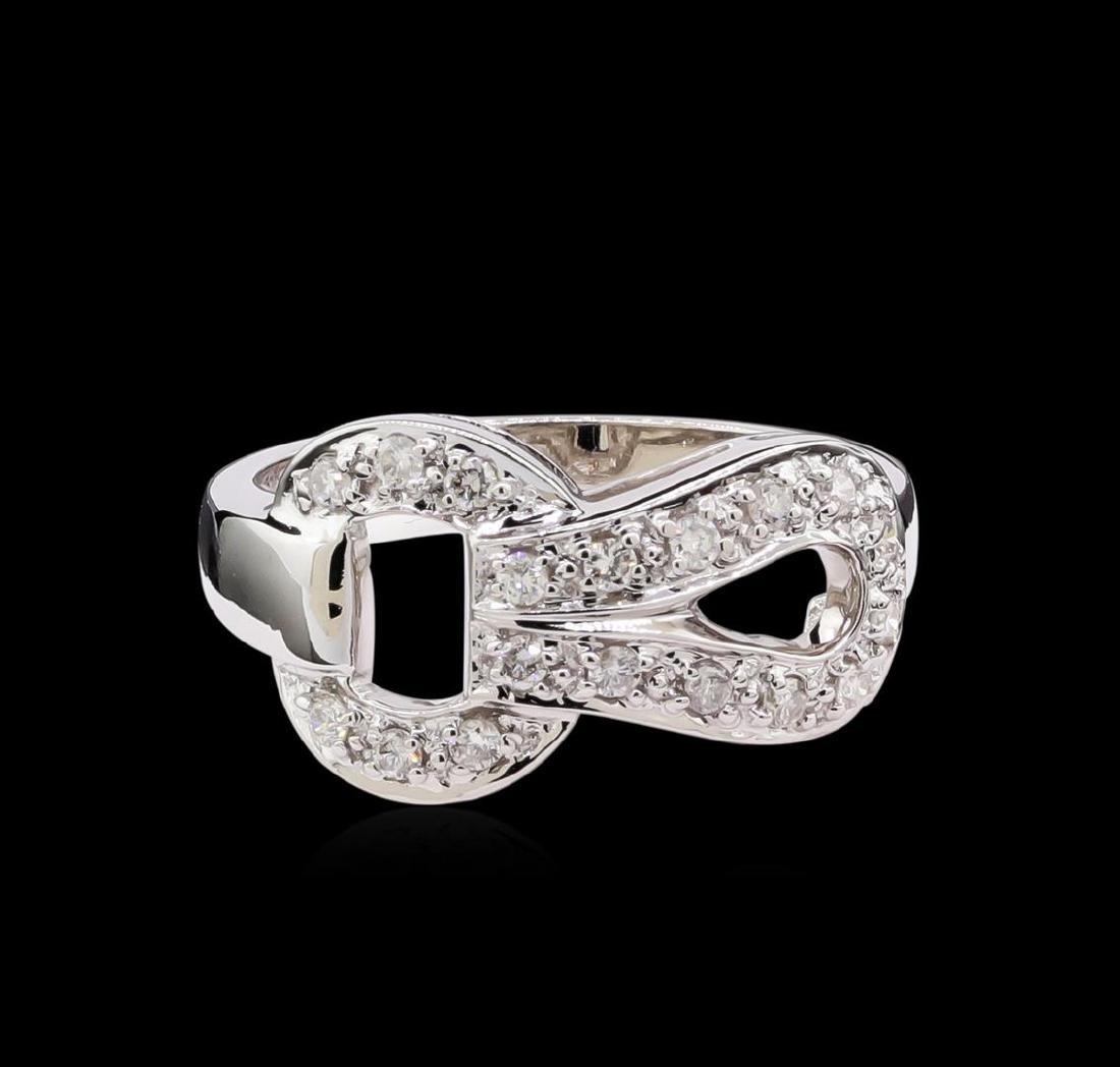 0.35 ctw Diamond Ring - 18KT White Gold