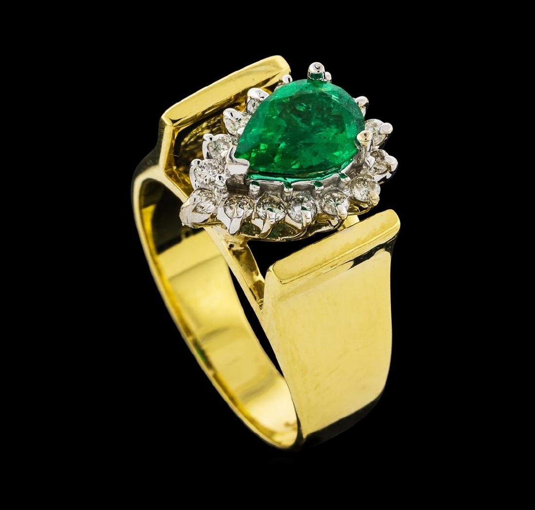 1.00 ctw Emerald and Diamond Ring - 18KT Yellow Gold - 4