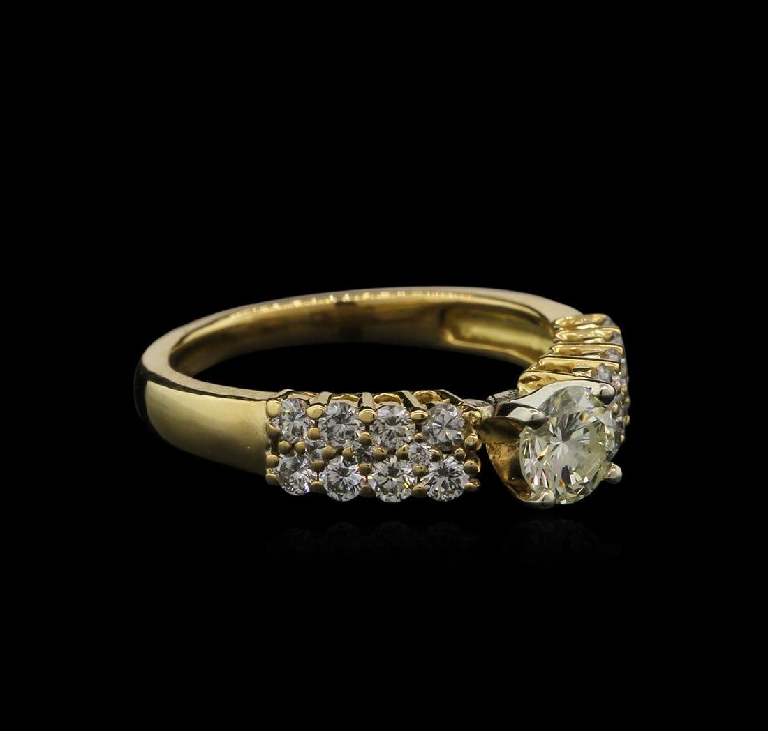 0.98 ctw Diamond Ring - 18KT Yellow Gold